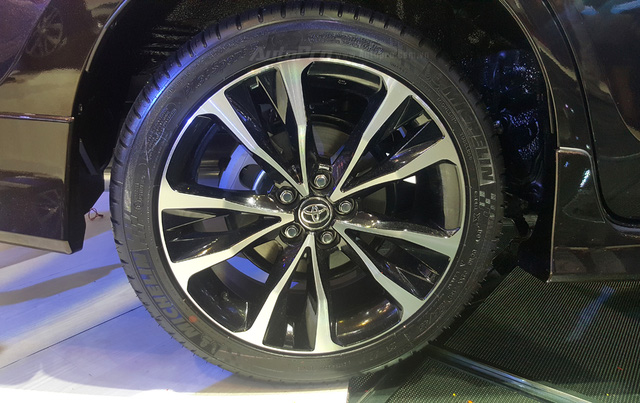 Toyota Corolla Altis ESport 2017 mới ra mắt các khách hàng Việt có gì hot? - Ảnh 8.
