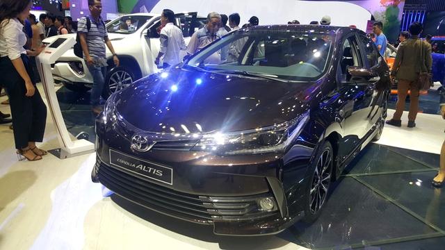 Toyota Corolla Altis ESport 2017 mới ra mắt các khách hàng Việt có gì hot? - Ảnh 2.