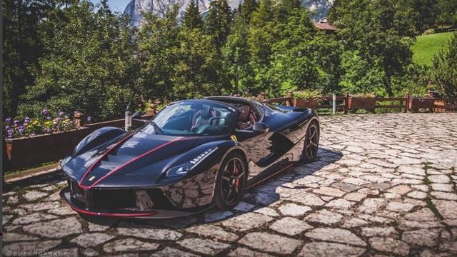 Không phải Josh Cartu, đây mới chính là tay drift Ferrari LaFerrari Aperta mạo hiểm nhất thế giới