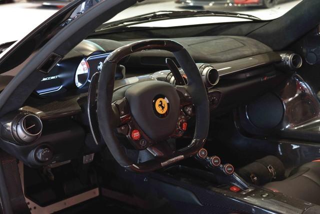 Đây là 2 chiếc Ferrari LaFerrari có giá điên rồ nhất thế giới, tổng giá trị gần 500 tỷ Đồng - Ảnh 13.