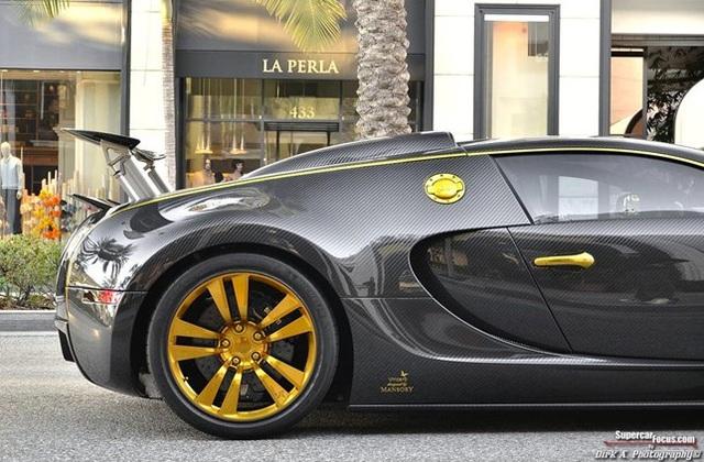Siêu xe Bugatti Veyron Mansory Linea Vincero độc nhất thế giới tìm chủ mới - Ảnh 5.