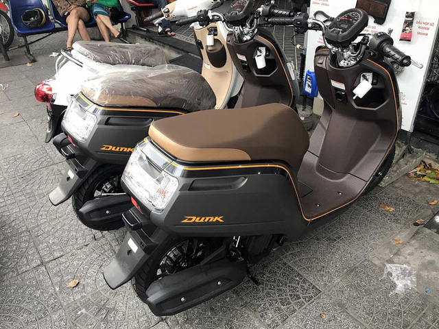 Honda Dunk 2017 - Xe tay ga không cần bằng lái, không dành cho số đông tại Việt Nam - Ảnh 3.