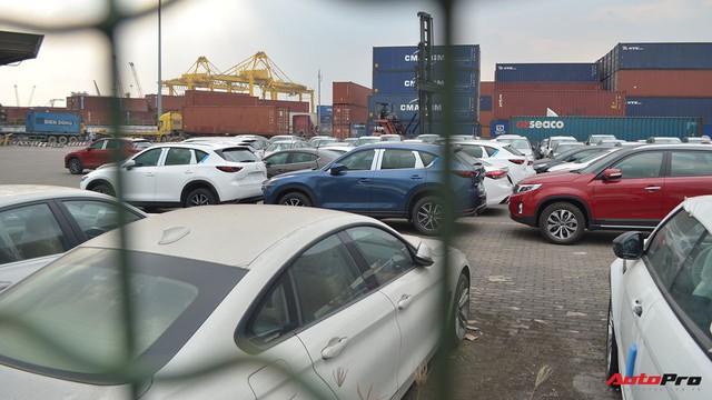 Ngoài BMW, hàng loạt ô tô nhập khẩu và lắp ráp chen chân tại cảng VICT dịp cuối năm - Ảnh 1.