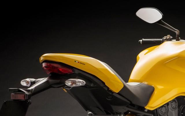 Ducati Monster 821 2018: nâng cấp thiết kế, giảm thiểu sức mạnh - Ảnh 4.