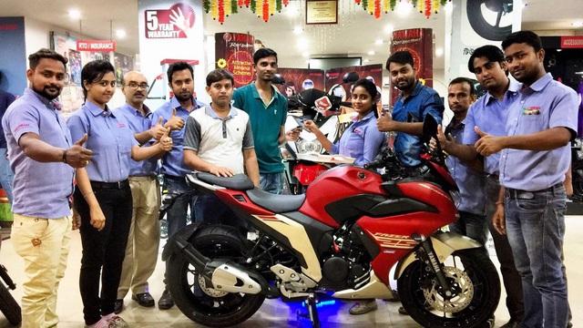 Mô tô dưới 50 triệu Đồng Yamaha Fazer 25 bắt đầu được bày bán