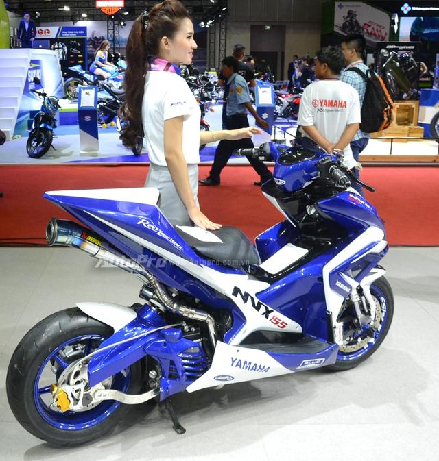 Bộ đôi Yamaha NVX 155 độ chính hãng ấn tượng tại triển lãm VMCS 2017 - Ảnh 14.
