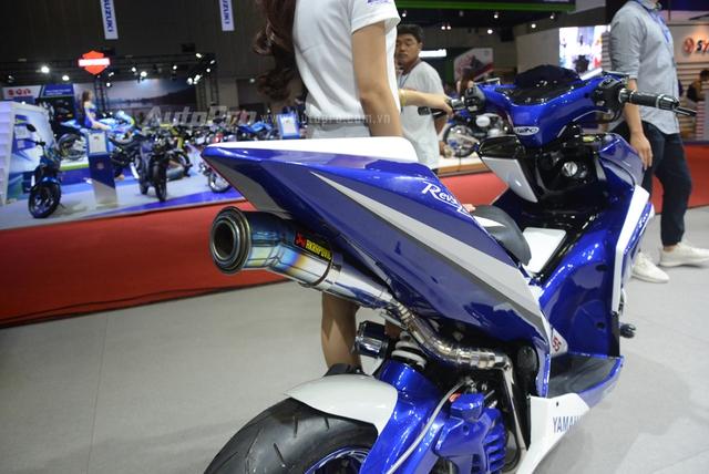 Bộ đôi Yamaha NVX 155 độ chính hãng ấn tượng tại triển lãm VMCS 2017 - Ảnh 12.