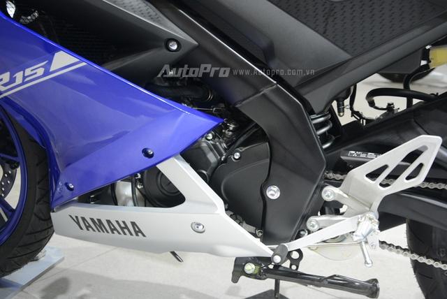 Cận cảnh Yamaha R15 3.0 2017 đầu tiên xuất hiện tại Việt Nam - Ảnh 8.