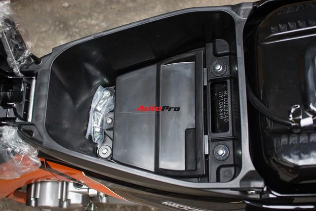 Chi tiết xe máy bán chạy nhất Việt Nam trong bản màu mới - Ảnh 12.