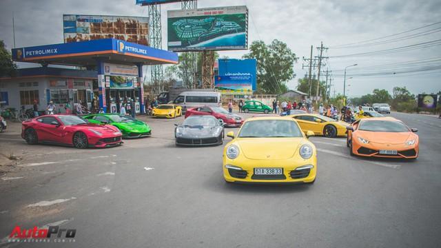 Minh Nhựa, Cường Đô-la cùng dàn siêu xe đầy màu sắc du xuân tại Phan Thiết - Ảnh 26.