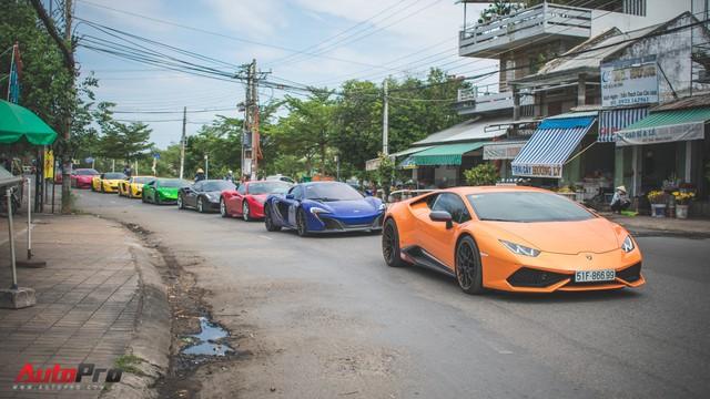 Minh Nhựa, Cường Đô-la cùng dàn siêu xe đầy màu sắc du xuân tại Phan Thiết - Ảnh 27.
