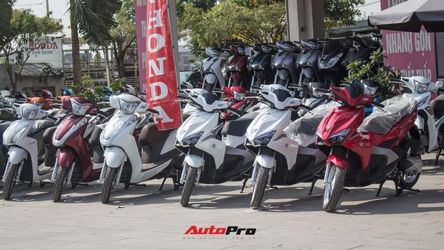 Thị trường xe máy cuối năm vắng bóng khuyến mại - Ảnh 1.