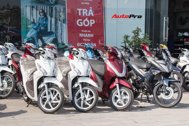 Thị trường xe máy cuối năm vắng bóng khuyến mại - Ảnh 2.
