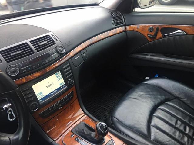 Từ 2 tỷ đồng, Mercedes-Benz E280 đời 2007 rao bán lại giá 500 triệu đồng - Ảnh 8.