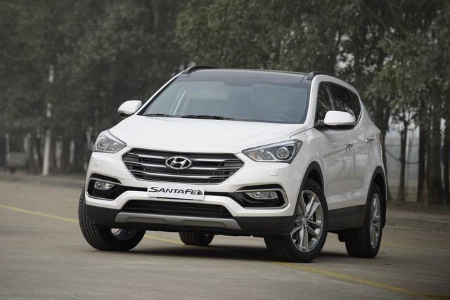 SUV 7 chỗ, chọn Honda CR-V 2018 hay Hyundai Santa Fe 2017? - Ảnh 4.