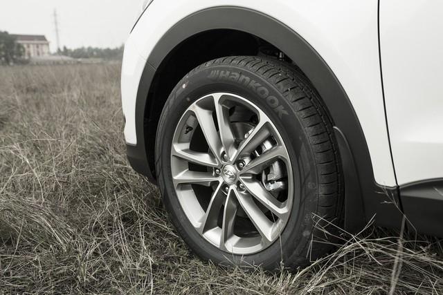 SUV 7 chỗ, chọn Honda CR-V 2018 hay Hyundai Santa Fe 2017? - Ảnh 33.