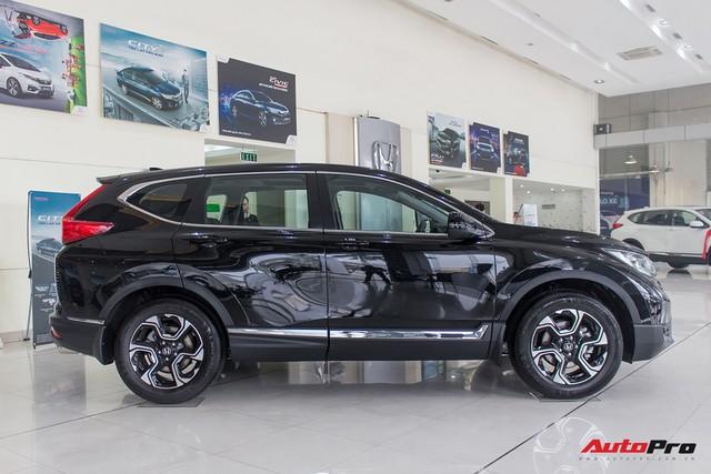 Cháy hàng chính hãng, Honda CR-V 2018 tuồn ra đại lý tư nhân với giá trên 1,3 tỷ đồng - Ảnh 4.