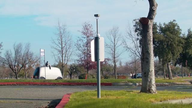 Hai kỹ sư rời bỏ Google để chế tạo một chiếc xe tự lái hoàn toàn khác biệt, không phải dùng để chở người - Ảnh 4.