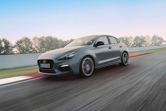 A-Z: Danh sách những mẫu xe đã xác nhận có mặt tại Paris Motor Show 2018 - Ảnh 22.