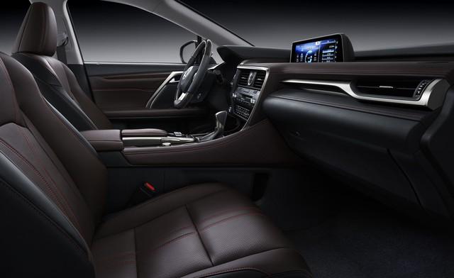 Chậm chân hơn hàng tư nhân, Lexus RX 350L 7 chỗ chính hãng định giá 4,09 tỷ đồng - Ảnh 2.