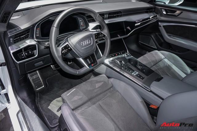 Audi chuẩn bị tung đòn đáp trả Mercedes-Benz E-Class và BMW 5-Series tại Việt Nam - Ảnh 3.