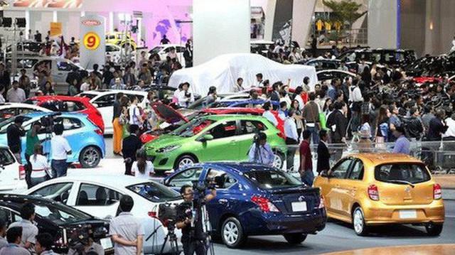 Xe nhập khẩu tăng gần gấp rưỡi so với tháng trước, toàn thị trường ô tô khởi sắc trong tháng 9