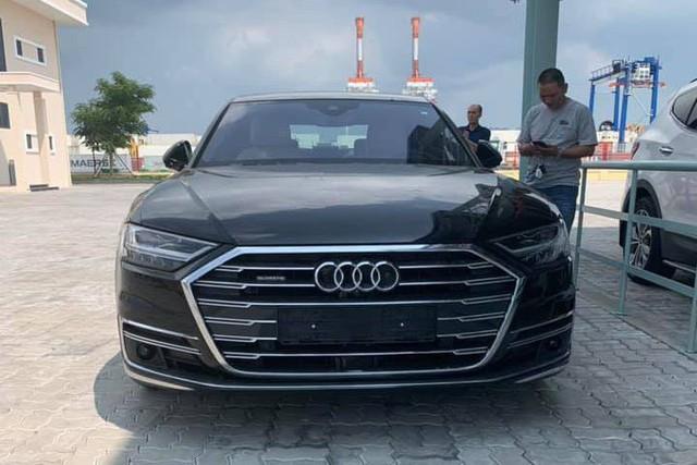 Audi A8 2018 đầu tiên lăn bánh tại Hà Nội - Ảnh 3.