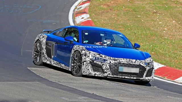 Audi R8 facelift xuất hiện lần đầu tại Nurburgring