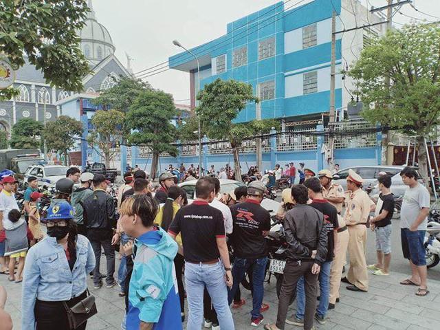 Hơn 100 chiếc Suzuki Raider bị cảnh sát tạm giữ khi tổ chức offline tại Bình Dương - Ảnh 3.