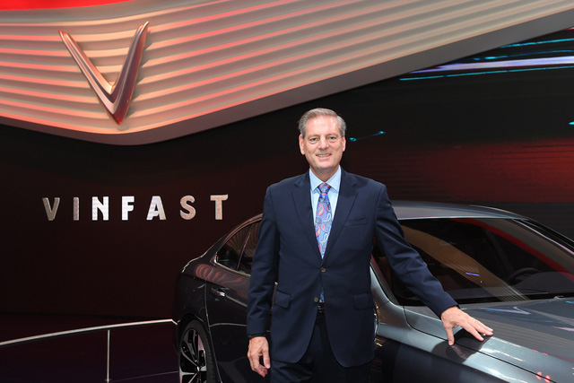 Sếp VinFast lần đầu khẳng định thương hiệu hạng sang, tiết lộ thời gian xuất khẩu toàn cầu - Ảnh 2.