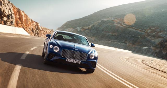 Đỉnh cao sang trọng: Bentley xây nhà hàng riêng trên đỉnh núi cao nhất Trung Đông, đóng cửa chỉ sau 7 ngày - Ảnh 4.