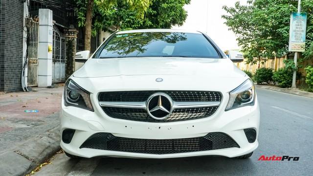 Mercedes-Benz CLA 200 bán lại rẻ như Toyota Altis mua mới - Ảnh 1.