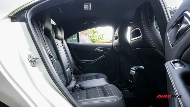 Mercedes-Benz CLA 200 bán lại rẻ như Toyota Altis mua mới - Ảnh 16.