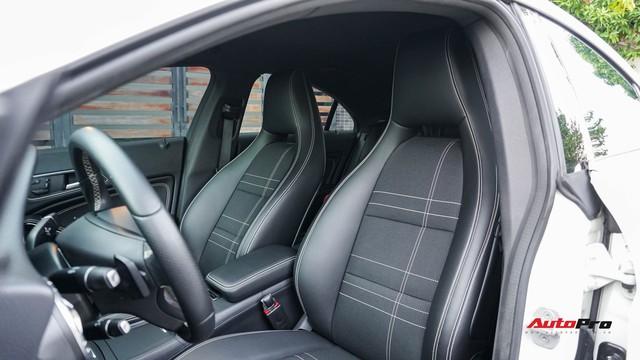 Mercedes-Benz CLA 200 bán lại rẻ như Toyota Altis mua mới - Ảnh 14.
