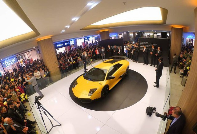 Lamborghini Murcielago SV bị nhái giống tới 99%, sắp bán ra thị trường - Ảnh 1.