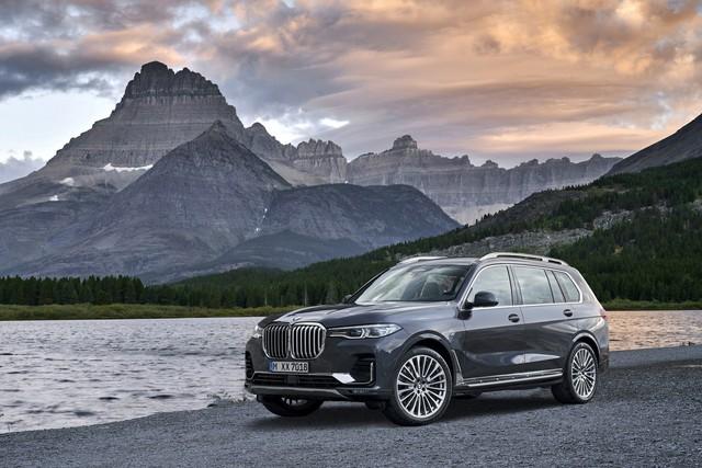 Ra mắt BMW X7 2019: Lớn như Cadillac Escalade, sang như Rolls-Royce, tham vọng lấn át Mercedes GLS - Ảnh 1.