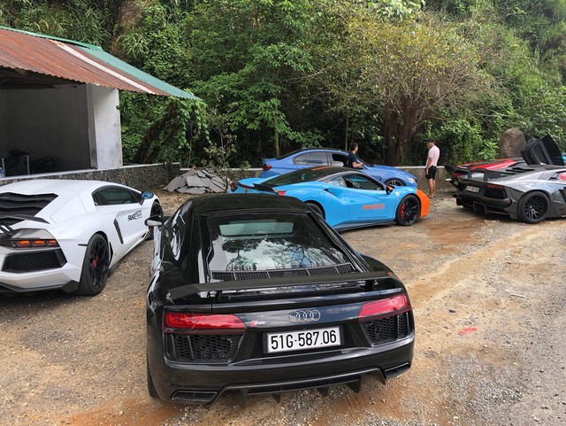 Dàn siêu xe của đại gia Sài Gòn đổ bộ lên Đà Lạt, tiền trạm cho Car & Passion 2019 - Ảnh 5.