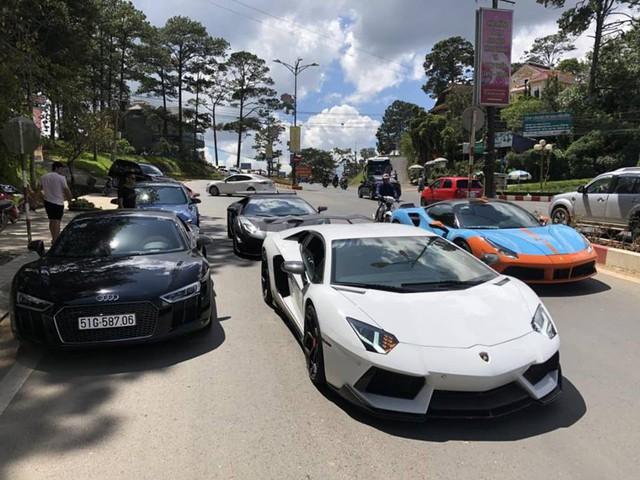 Dàn siêu xe của đại gia Sài Gòn đổ bộ lên Đà Lạt, tiền trạm cho Car & Passion 2019 - Ảnh 6.