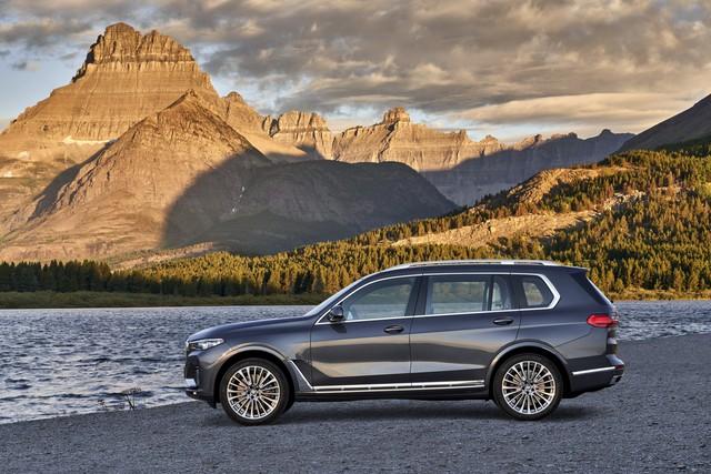 Ra mắt BMW X7 2019: Lớn như Cadillac Escalade, sang như Rolls-Royce, tham vọng lấn át Mercedes GLS - Ảnh 6.