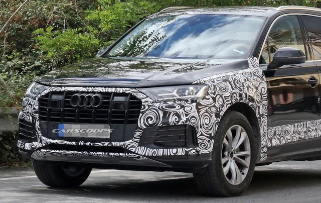 Audi gấp rút chuẩn bị Q7 facelift với tản nhiệt, đèn pha mới để cạnh tranh Mercedes-Benz GLE, BMW X5 - Ảnh 2.