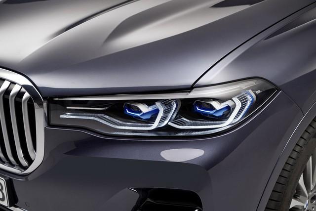 Ra mắt BMW X7 2019: Lớn như Cadillac Escalade, sang như Rolls-Royce, tham vọng lấn át Mercedes GLS - Ảnh 4.