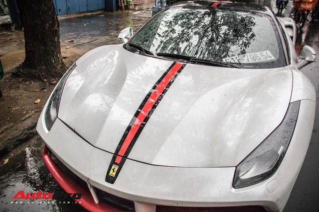 Đại gia Sài Thành tân trang Ferrari 488 GTB bằng decal lạ mắt - Ảnh 4.