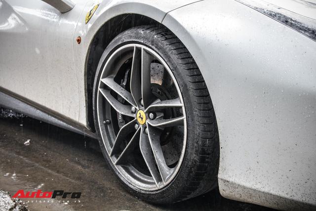 Đại gia Sài Thành tân trang Ferrari 488 GTB bằng decal lạ mắt - Ảnh 6.