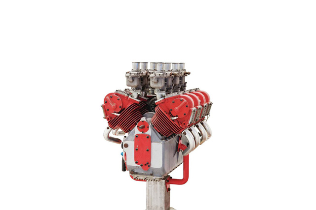 Bạn có biết Ducati từng sản xuất động cơ F1? - Ảnh 2.