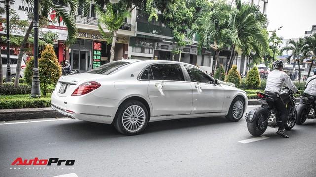 Thiếu gia Sài Gòn rước dâu bằng dàn xe sang trắng, đen hoành tráng - Ảnh 2.