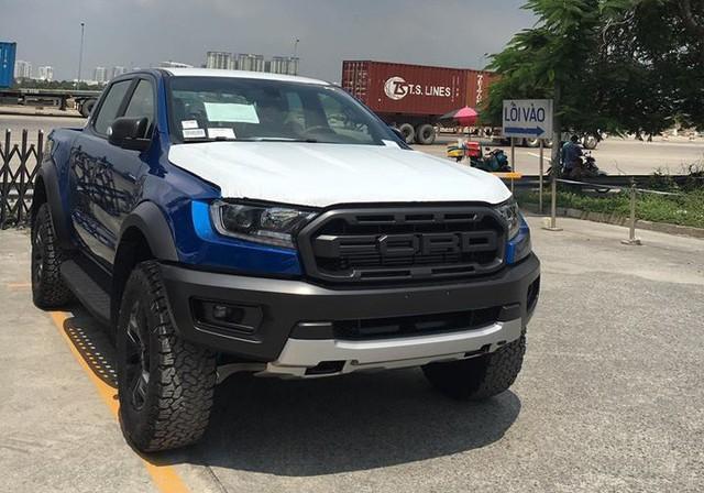 Ford Ranger Raptor có mặt tại đại lý, sẵn sàng cho Triển lãm ô tô Việt Nam 2018 - Ảnh 3.