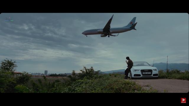 Audi A5 Cabriolet sánh vai cùng ca sĩ Noo Phước Thịnh trong MV mới - Ảnh 1.