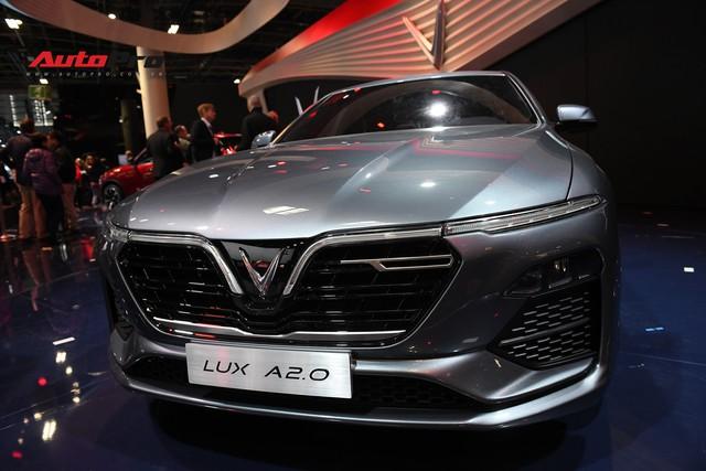HOT: Chi tiết ngoại thất sedan VinFast LUX A2.0 vừa ra mắt hoành tráng tại Paris Motor Show 2018 - Ảnh 5.