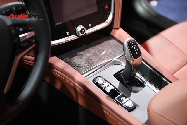 Chùm ảnh nội thất sedan VinFast LUX A2.0: Sang trọng và hiện đại hệt xe châu Âu - Ảnh 6.
