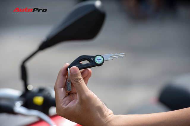 Mô tô Benelli TRK 251 ra mắt, về Việt Nam giữa năm sau với giá trên 80 triệu đồng - Ảnh 13.